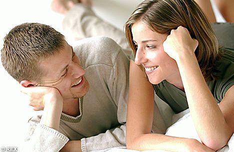 fbfa8316d يقع الكثير من الرجال فى العديد من الاخطاء اثناء ممارسة الجنس مع الزوجة ،  وربما قد تؤدى تلك الاخطاء الى سوء فهم مشترك لطبيعة العلاقة الحميمة بين  الزوجين مما ...